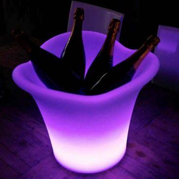 Seau à champagne lumineux et ses 12 flutes