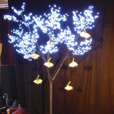 Cerisier lumineux - 1050 LED 2.70 m