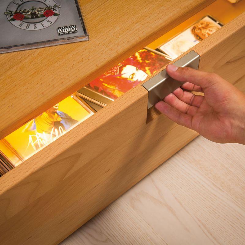 r glette led senselight pour tiroir lux et d co. Black Bedroom Furniture Sets. Home Design Ideas