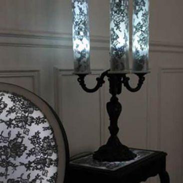 Candélabre LED noir et dentelle