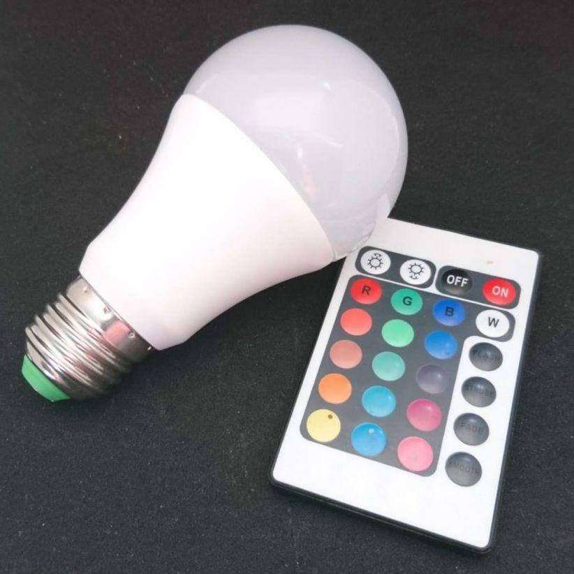 Ampoule LED RVB + BLANC avec télécommande