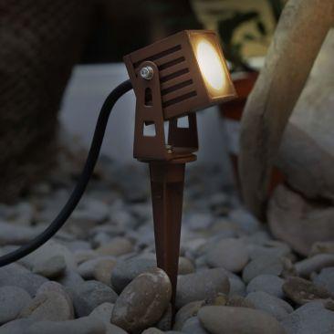 Spot LED extérieur carré avec piquet ZAS