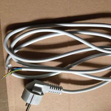 Prise électrique câblée