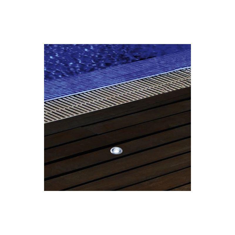spot 28 led encastrable 12v pour abords de piscine lux et d co. Black Bedroom Furniture Sets. Home Design Ideas