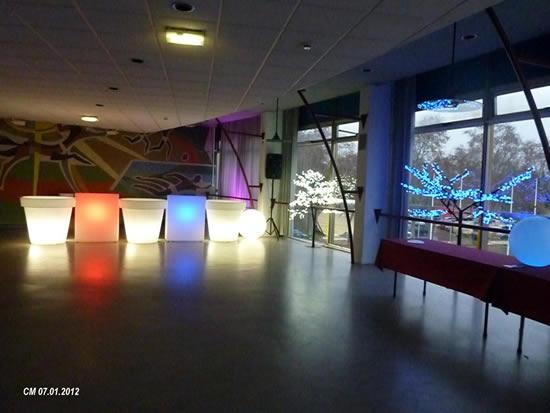 La bar lumineux de l'espace VIP
