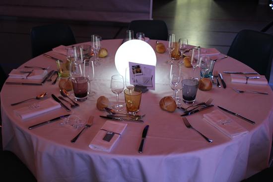 Sphères lumineuse sans fil déco de la table