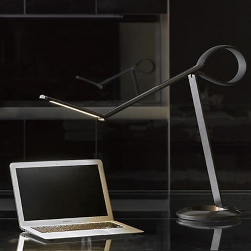 Lampes LED Qisdesign, la Compasso pour le bureau