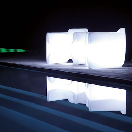 Mobilier LED : illuminez vos espaces