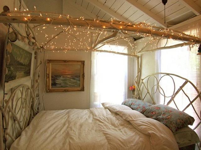ciel de lit avec guirlandes LED