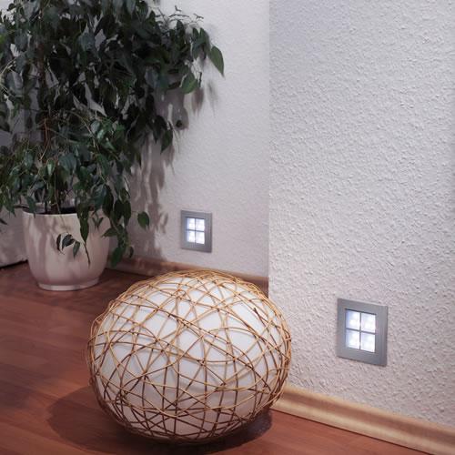 Spots LED à encastrer dans un mur