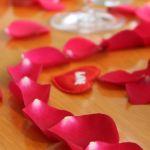Diner en amoureux, nos 3 conseils pour réussir sa décoration de table