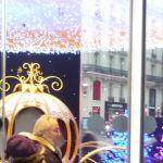 Vitrine de Noël, décoration lumineuse à l'achat ou à la vente