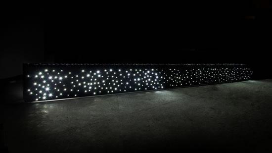 Banc lumineux en béton