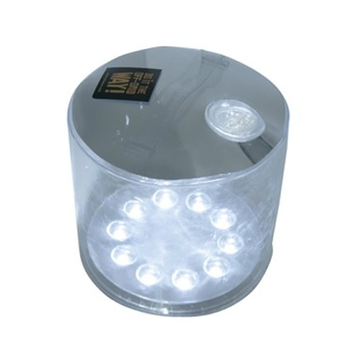 Lampe LED gonflable. L'énergie solaire au camping