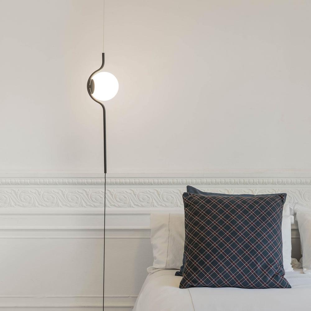Luminaires Goutte, la suspension-lampadaire