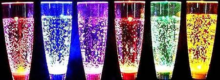 Flutes à champagne lumineuses