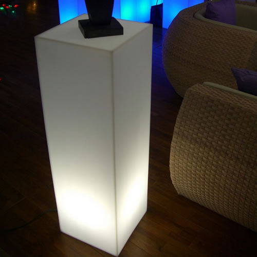 colonne lumineuse led carr e podium 110 colonnes lumineuses sans fil. Black Bedroom Furniture Sets. Home Design Ideas