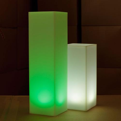 colonne lumineuse carree totem colonnes lumineuses avec fil. Black Bedroom Furniture Sets. Home Design Ideas