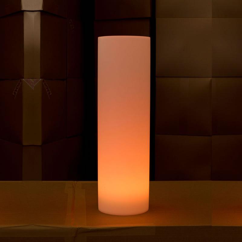 In out lampe led sans fil lolo 35 d coration led pour jardin for Lampe exterieure sans fil