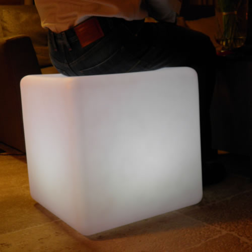 cubes lumineux led 50 x 50 cm nirvana cubes lumineux sans fil. Black Bedroom Furniture Sets. Home Design Ideas