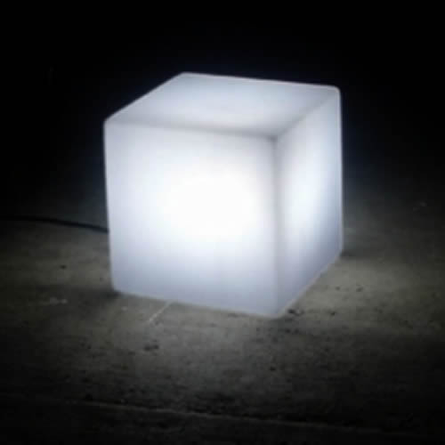 cube lumineux nirvana cubes lumineux avec fil. Black Bedroom Furniture Sets. Home Design Ideas