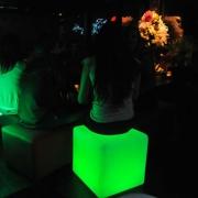 CUBE POUF LUMINEUX LED OPALIA