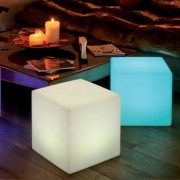 IN/OUT LAMPE LED SANS FIL CUBE