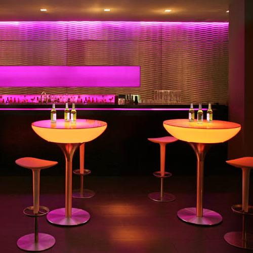 mange debout led rechargeable table lumineuse design. Black Bedroom Furniture Sets. Home Design Ideas