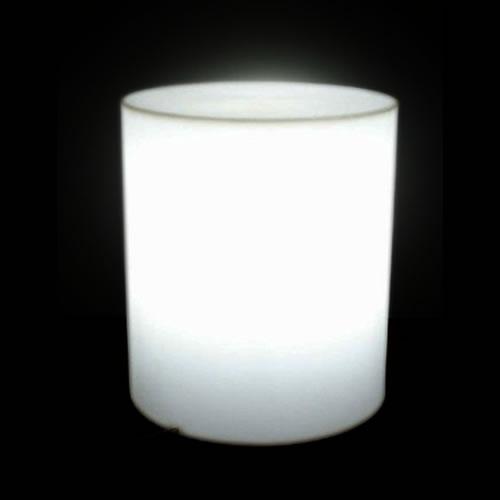 pouf lumineux avec fil cylindre venice objets lumineux divers avec fil. Black Bedroom Furniture Sets. Home Design Ideas