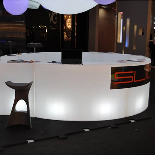 bar lumineux snack bar lumineux design. Black Bedroom Furniture Sets. Home Design Ideas