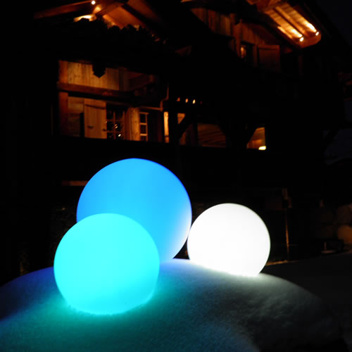 in out lampe led sans fil boule d coration led pour jardin. Black Bedroom Furniture Sets. Home Design Ideas