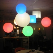 SPHERE LUMINEUSE PATIO GROS MODELE A SUSPENDRE