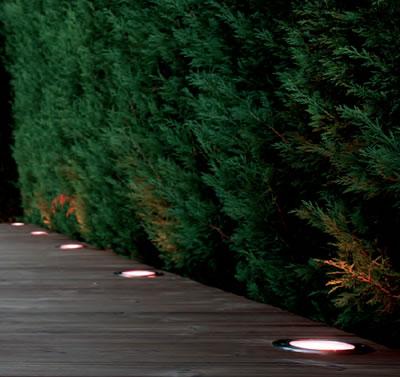 spot led 12v rvb avec telecommande pour abords de piscine spot led piscine. Black Bedroom Furniture Sets. Home Design Ideas